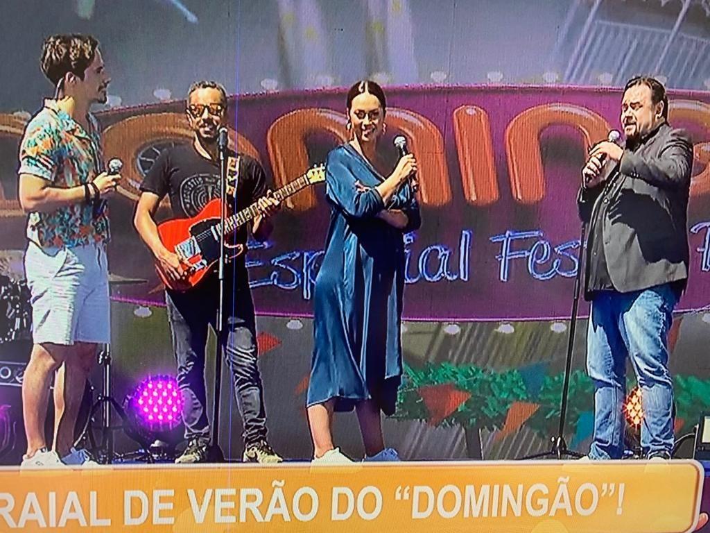 """Débora Monteiro em """"Domingão"""""""