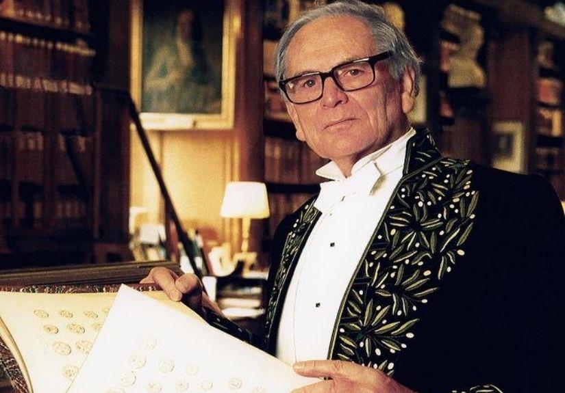 O estilista Pierre Cardin morreu aos 98 anos