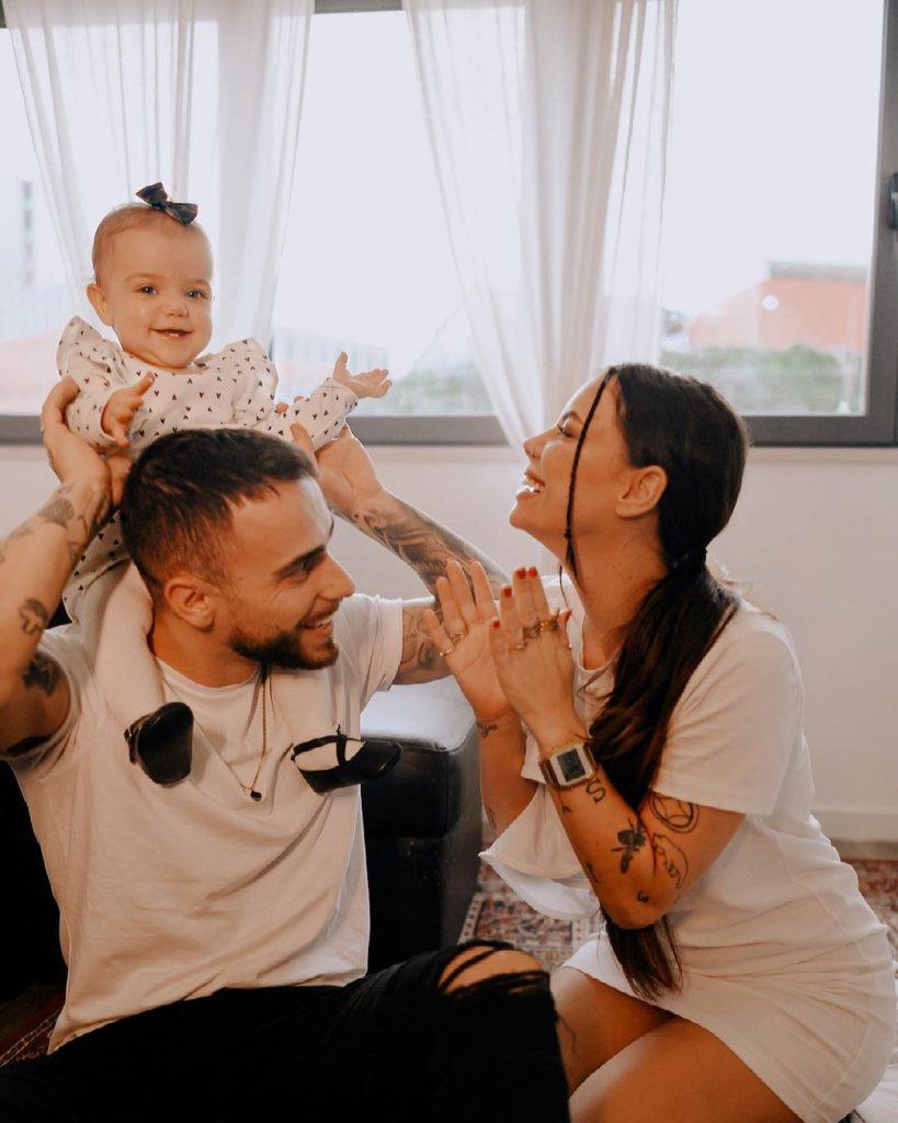 Diogo Piçarra e Mel Jordão com a filha, Penélope
