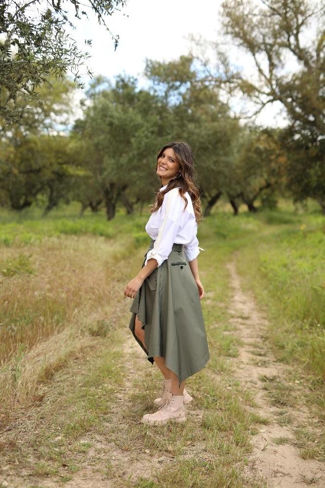 """Andreia Rodrigues é a apresentadora de """"Quem Quer Namorar com o Agricultor?"""""""