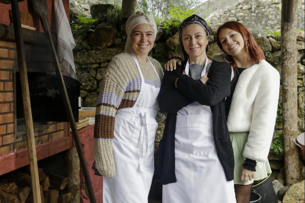 """Ana Marta Ferreira, Maria João Abreu e Laura Dutra na novela da SIC """"A Serra"""""""