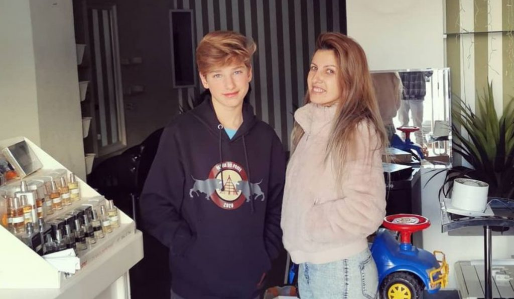 Inês Martins e o filho