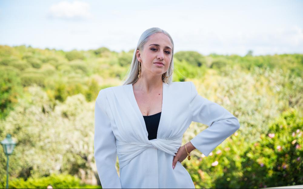 """Andreia Simões, uma das candidatas de""""Quem Quer Namorar com o Agricultor?"""""""