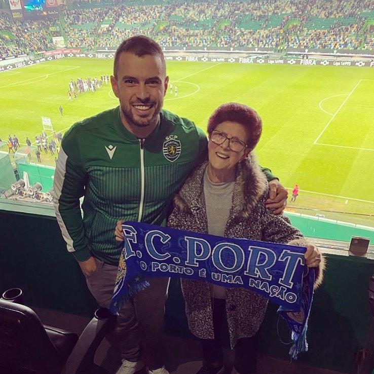 Marco Costa com a avó materna, Alcina Silva