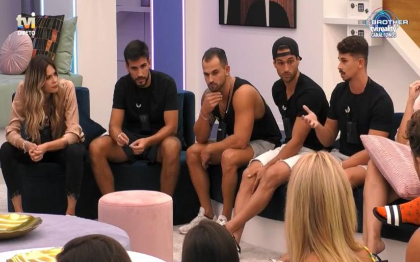 """Após a gala de estreia do """"Big Brother"""", os concorrentes deram de caras com uma afirmação de Ana Barbosa e Fábio Faísca não perdoou"""