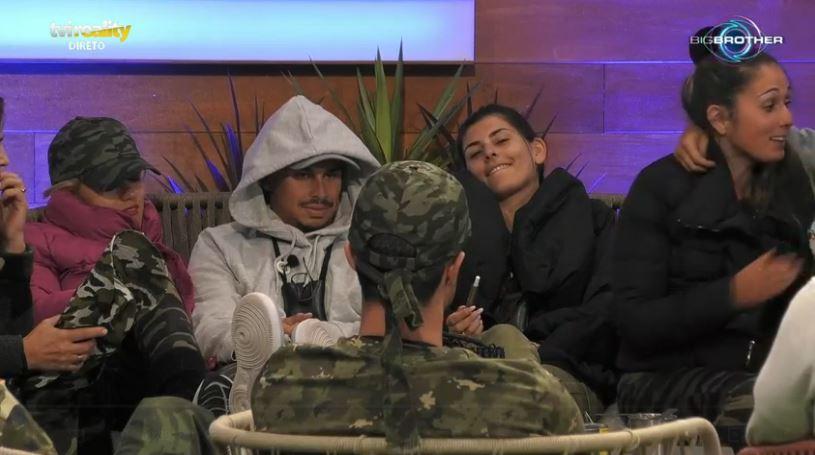 """No """"Big Brother"""", Rita Santos cometeu uma gafe daquelas durante uma brincadeira de grupo e levou os restantes concorrentes às gargalhadas"""