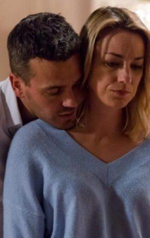 Paixão em Quer o Destino: Marcos pede Rita em casamento